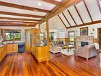 Hunter Valley Accommodation - Ballaview - Lovedale - Kitchen