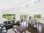Hunter Valley Accommodation - The Lake House * 201 - Lovedale - Living Room