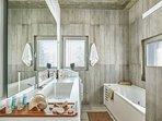 En-suite bathroom on the ground floor with Jacuzzi bath