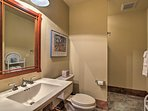 With 5 bathrooms, everyone in your travel group will enjoy privacy.