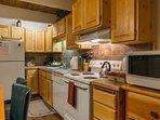 Knotty Pine-Kitchen