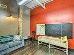 This 5-bed, 4.5-bath vacation rental condo sleeps 24 wizards or muggles.