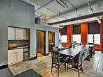 Downtown attractions are all within a 15-minute walk of this condo!