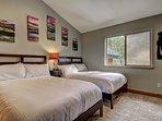 The Great Escape - Bedroom 6 Queen beds