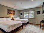 The Great Escape - Bedroom 4 Queen beds