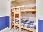 Moondrifter 608-Bunk Beds