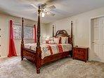 Tahoe Frost  - Master bedroom Queen bed