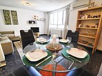 Dining are to living room