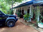 Habarana Sparrow Guest House offers accommodations in Habarana. Free private parking is available.