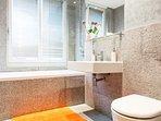 Shared bathroom: immaculate clean