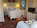 Beautifully furnished Studio with lots of light flooding in through the French Doors
