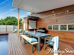002_Holiday-Shacks-Ocean-Luxe-Retreat_L-2b1252f4-226e-4f11-b790-46ecdc9abc9c.jpg