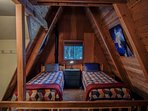 Alpine Hideaway-Upstairs Loft