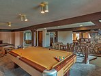 Compete with friends in a game of billiards!