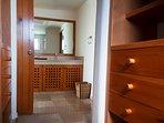 Bagno privato con cabina armadio