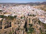 Ronda, ciudad monumental, a 23 km de Casa Martijín.