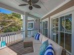 1st Floor Outdoor Porch Living Area