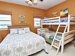 Queen Bed and Twin Bunk Beds