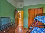 This room accommodates up to 3 guests.