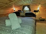 Super comfy queen bed in upstairs loft with TV and or Netflix