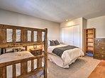 Bedroom 2 | Full Bed | Twin Bunk Bed | 1st Floor
