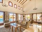 Spacios livingroom