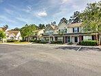 Enjoy your Savannah getaway at this cozy vacation rental.