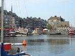 Le charmant petit port de Honfleur