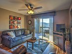 The condo offers 2 bedrooms, 2 bathrooms and sleeping for 6.