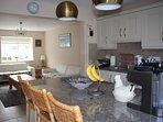 kitchen/living room area
