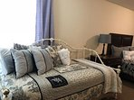 bedroom 1, queen & trundle bed