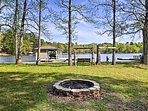 Situated on Lake Sinclair, this vacation rental for 8 is a perfect retreat.
