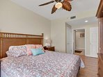 King sized bed in this gulf front master bedroom with en suite bathroom.  This unit sleeps 6 adults.