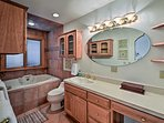 There's even an en-suite bathroom!