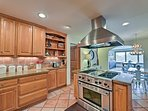 Take full advantage of this fully equipped kitchen for family meals.