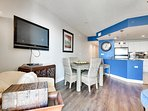Grand Panama 406-2-Living Area