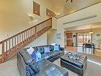 Unwind in this 3-bedroom, 2-bath vacation rental townhouse in Buena Vista.