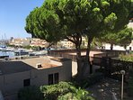 terrasse ,solarium donnant sur marina.