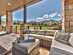 Large Deck with Patio Seating, BBQ Grill, Private Hot Tub and Amazing Views