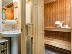 Broadmea Barn Bathroom 4 with sauna