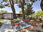 This charming casita is situated on the 'Historic Horse Thief Ranch.'