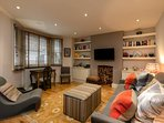 Beautiful 1 Bedroom Home in Chelsea, 3 guests!