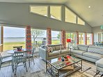 Cedar Creek Lake Home - Pier & Panoramic Views!