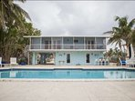 Fancy some snorkeling? This home is located only minuets from world famous John Pennekamp Coral Reef State Park.