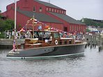Aphrodite Classic Commuter Yacht in Wooden Boat Parade