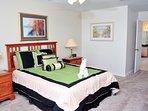 Master Bedroom 1 - Queen bed