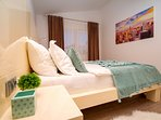 Bedroom No4 ensuite with double bed 180x200cm (Bedroom No5 is the same)