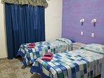 Dormitorio con sommiers  Cabaña Covadonga