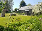 Delightful cottage for 2 with stunning views