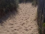 Le chemin menant à la plage
